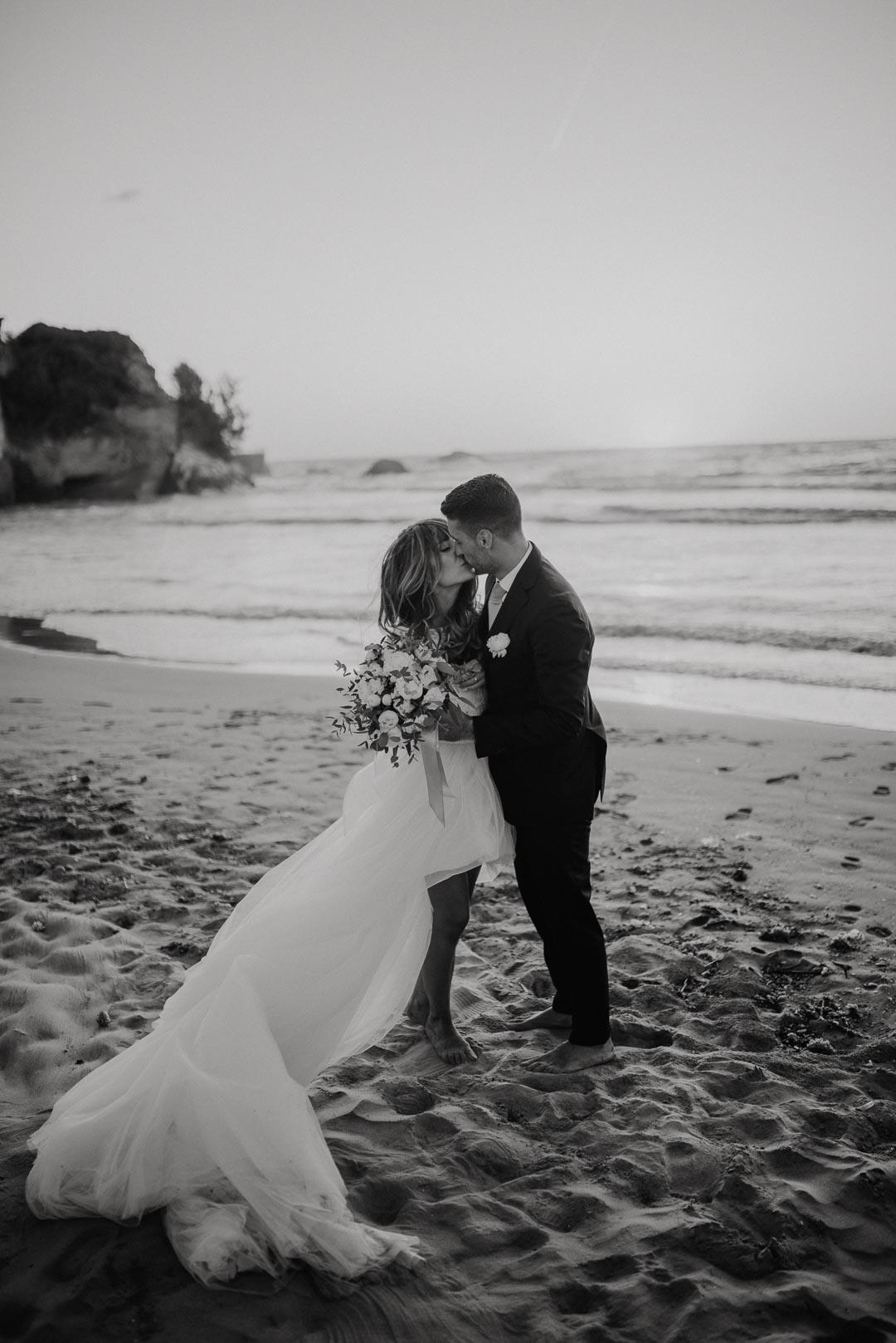 wedding-photographer-destination-fineart-bespoke-reportage-napoli-nabilah-vivianeizzo-spazio46-137