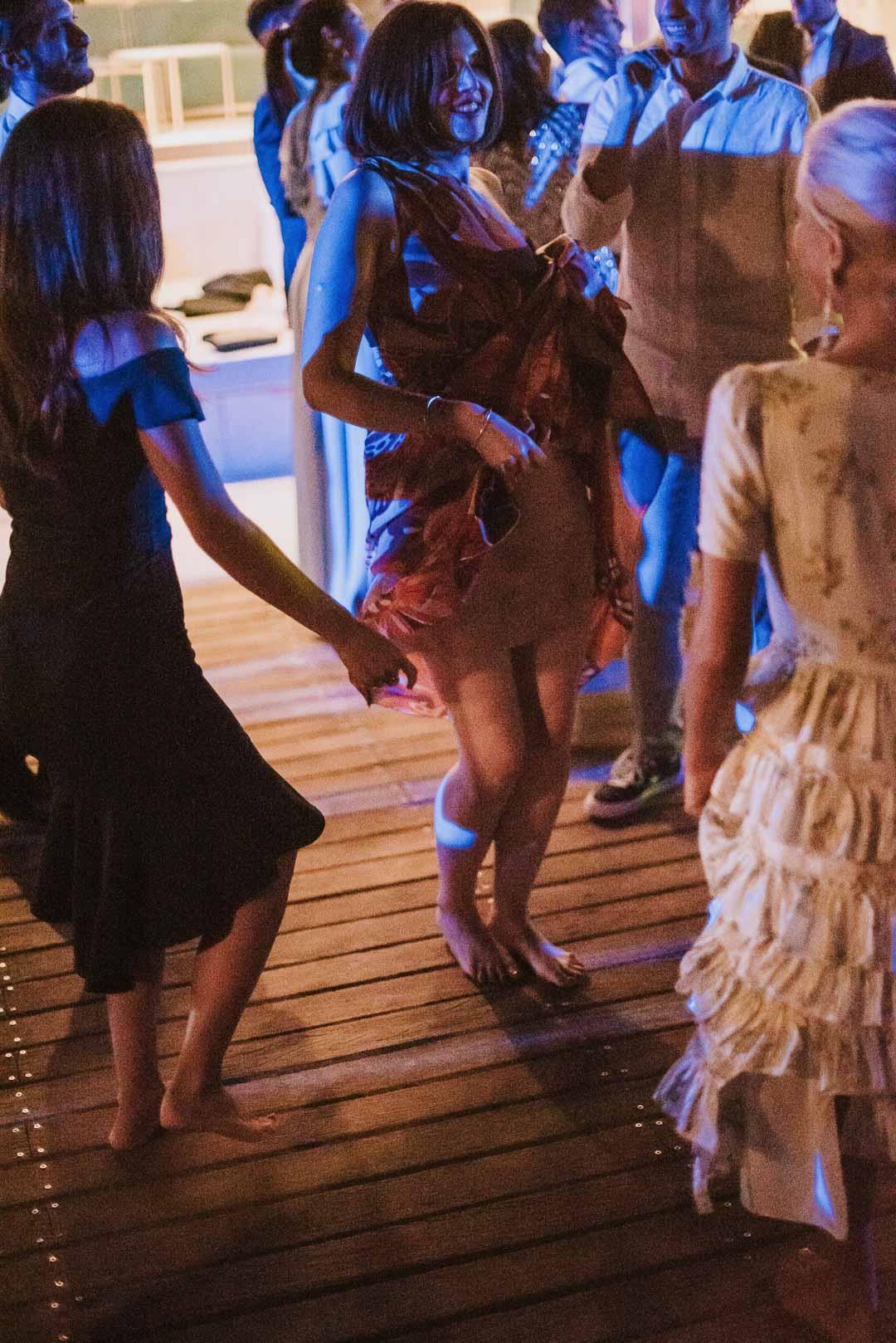 wedding-photographer-destination-fineart-bespoke-reportage-napoli-nabilah-vivianeizzo-spazio46-204