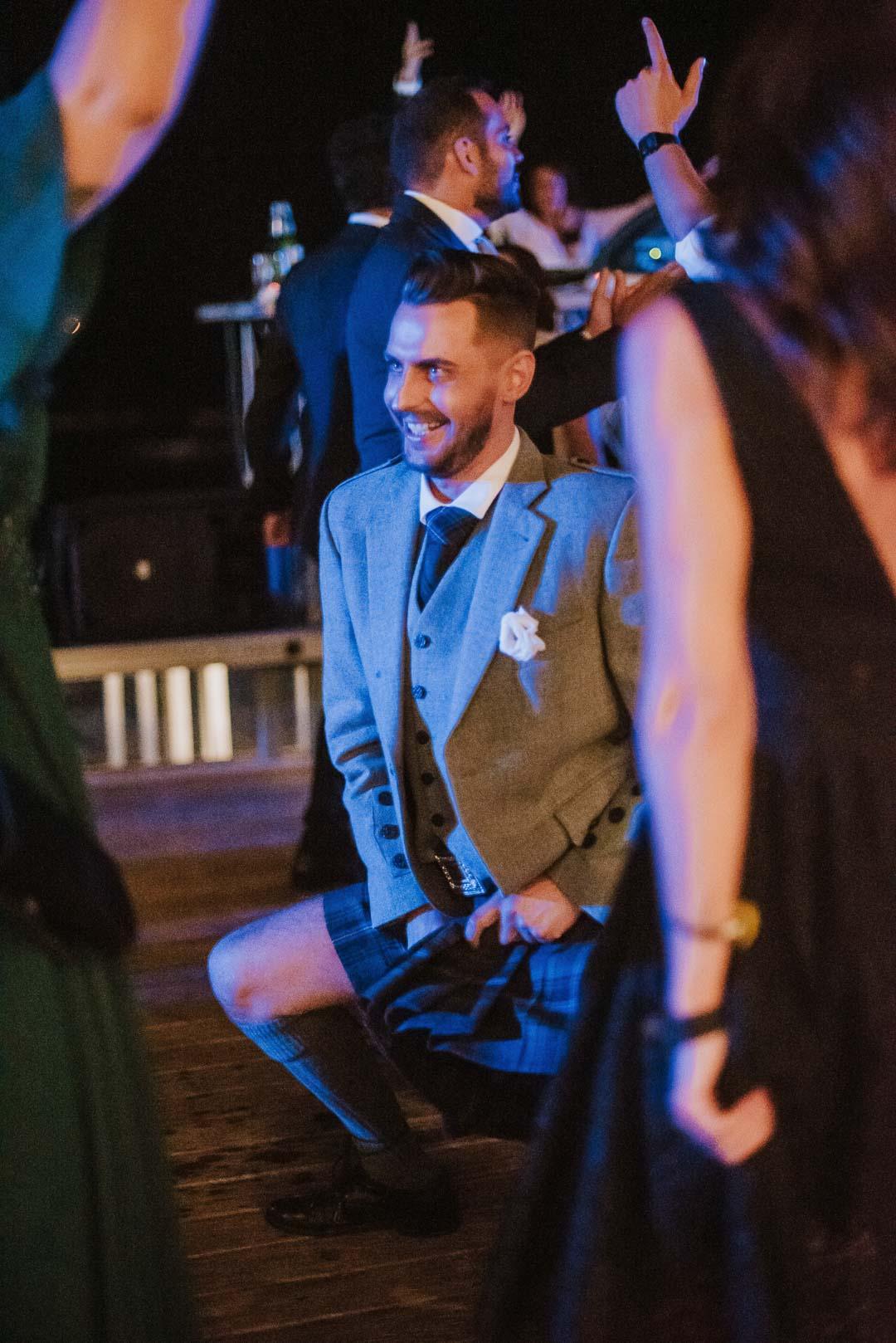 wedding-photographer-destination-fineart-bespoke-reportage-napoli-nabilah-vivianeizzo-spazio46-207