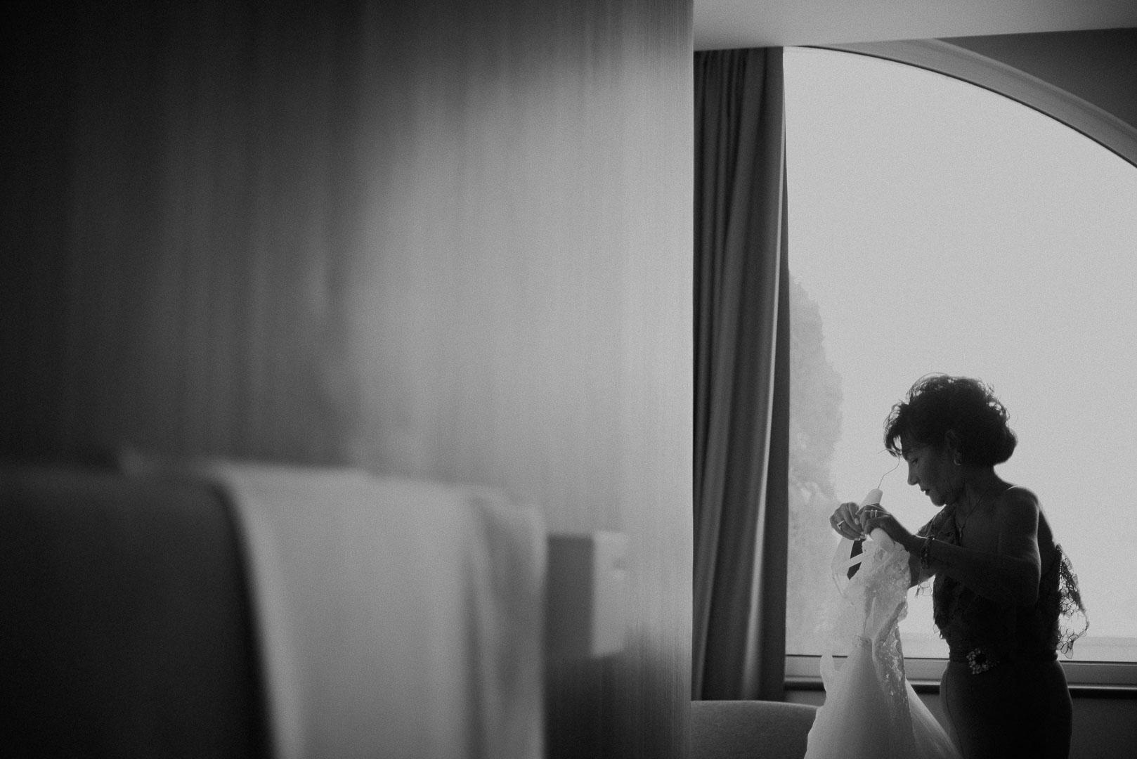 wedding-photographer-destination-fineart-bespoke-reportage-napoli-nabilah-vivianeizzo-spazio46-37