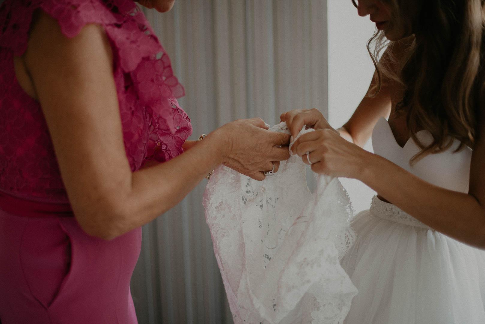 wedding-photographer-destination-fineart-bespoke-reportage-napoli-nabilah-vivianeizzo-spazio46-39