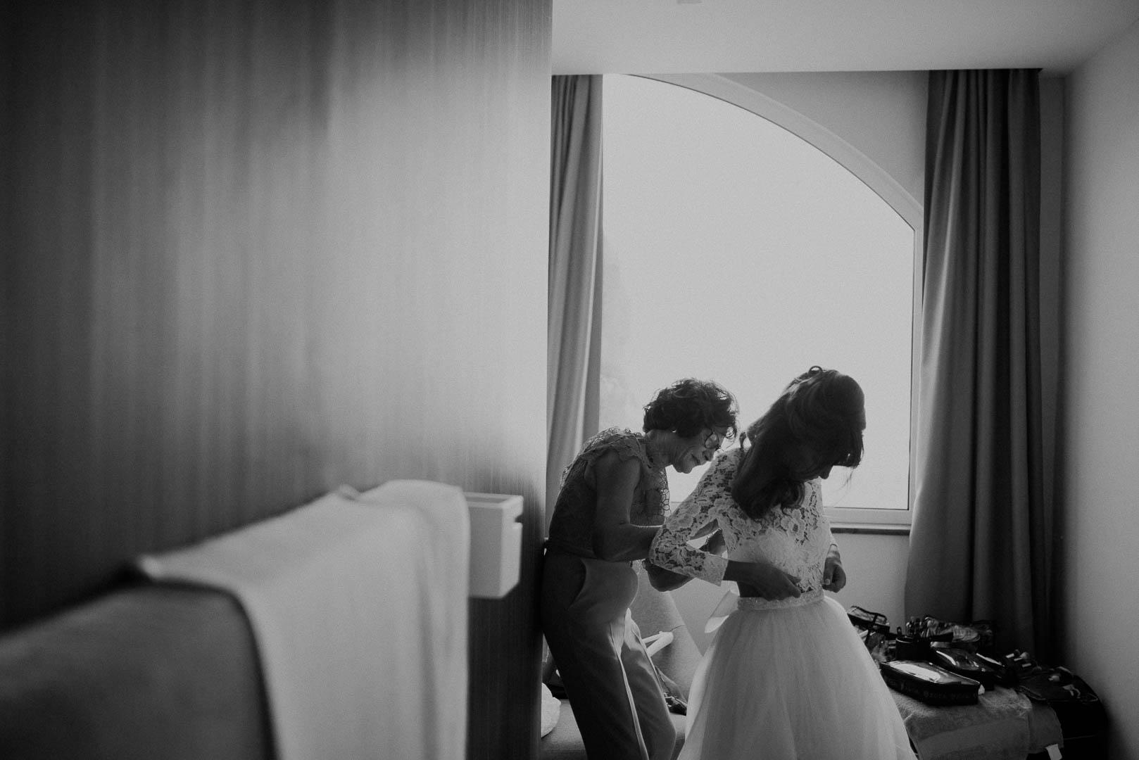 wedding-photographer-destination-fineart-bespoke-reportage-napoli-nabilah-vivianeizzo-spazio46-44