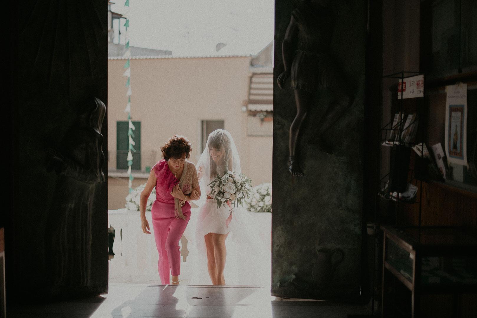 wedding-photographer-destination-fineart-bespoke-reportage-napoli-nabilah-vivianeizzo-spazio46-57