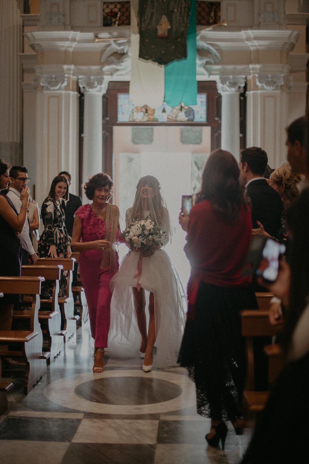 wedding-photographer-destination-fineart-bespoke-reportage-napoli-nabilah-vivianeizzo-spazio46-59