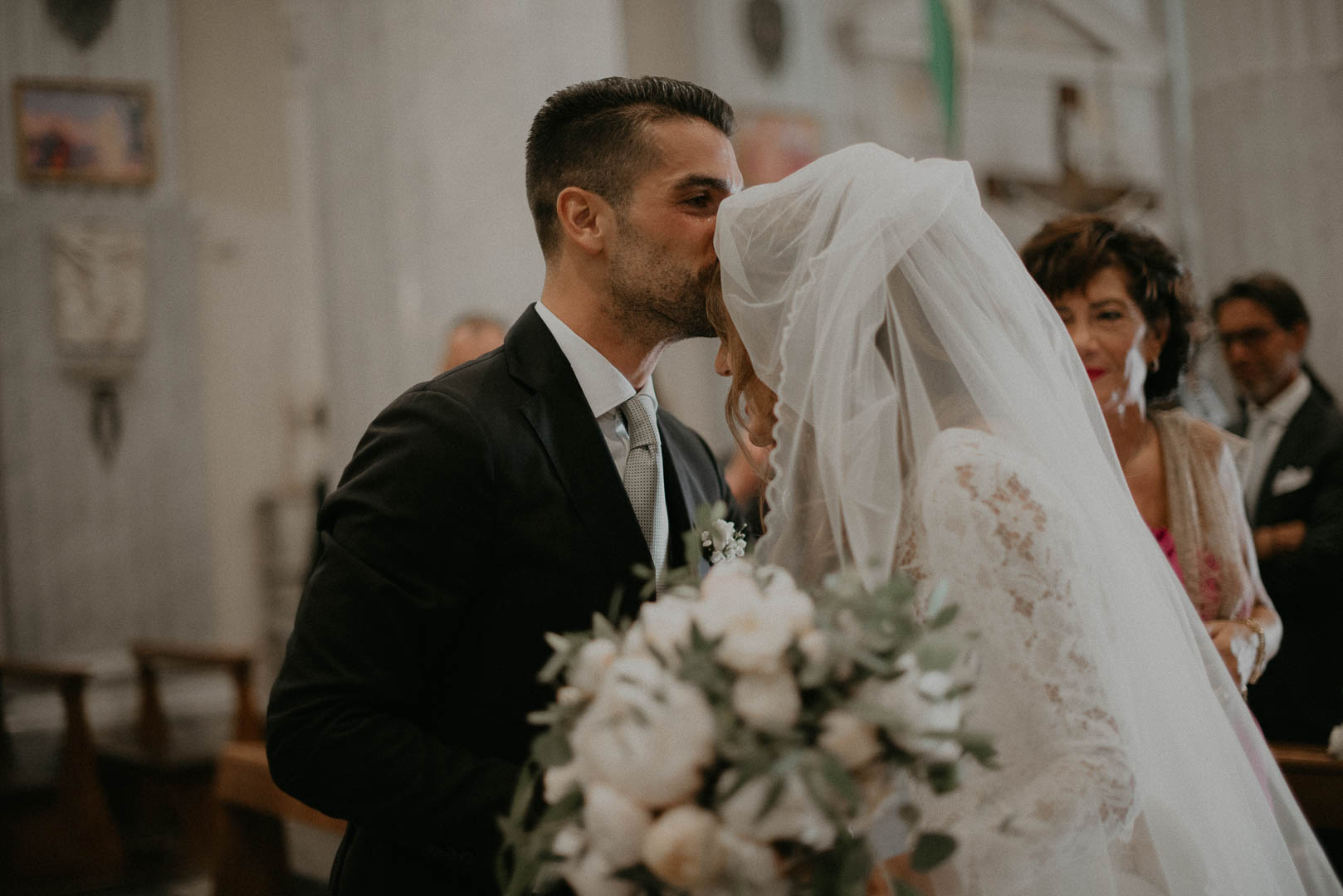 wedding-photographer-destination-fineart-bespoke-reportage-napoli-nabilah-vivianeizzo-spazio46-61