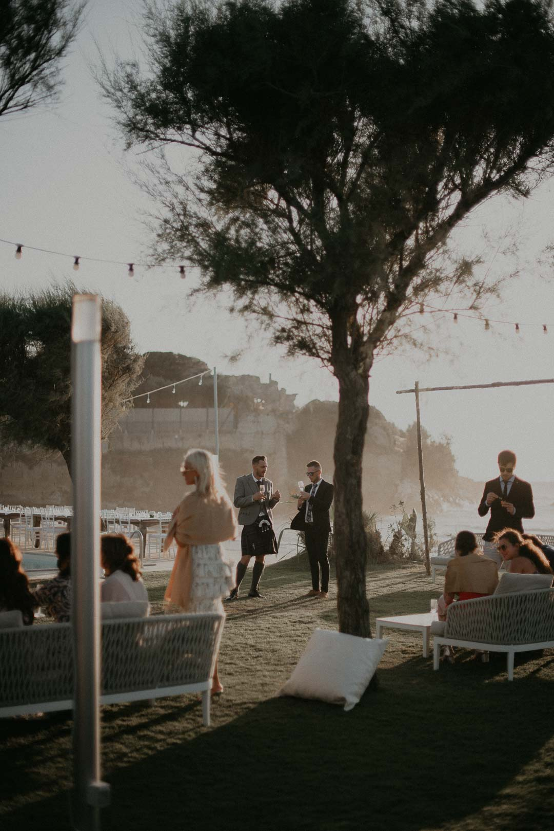wedding-photographer-destination-fineart-bespoke-reportage-napoli-nabilah-vivianeizzo-spazio46-88